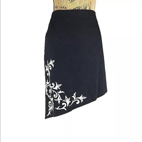 Cache Dresses & Skirts - Cache 8 Med Pencil Skirt Black White Asymmetric